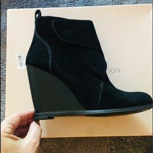 BCBG Wedge Black Boots